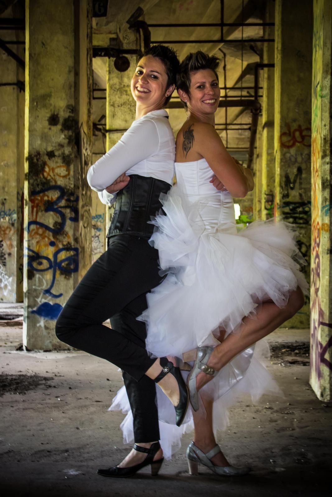 Bref. J'ai fait le post-shooting de mariage de mes Sisters.