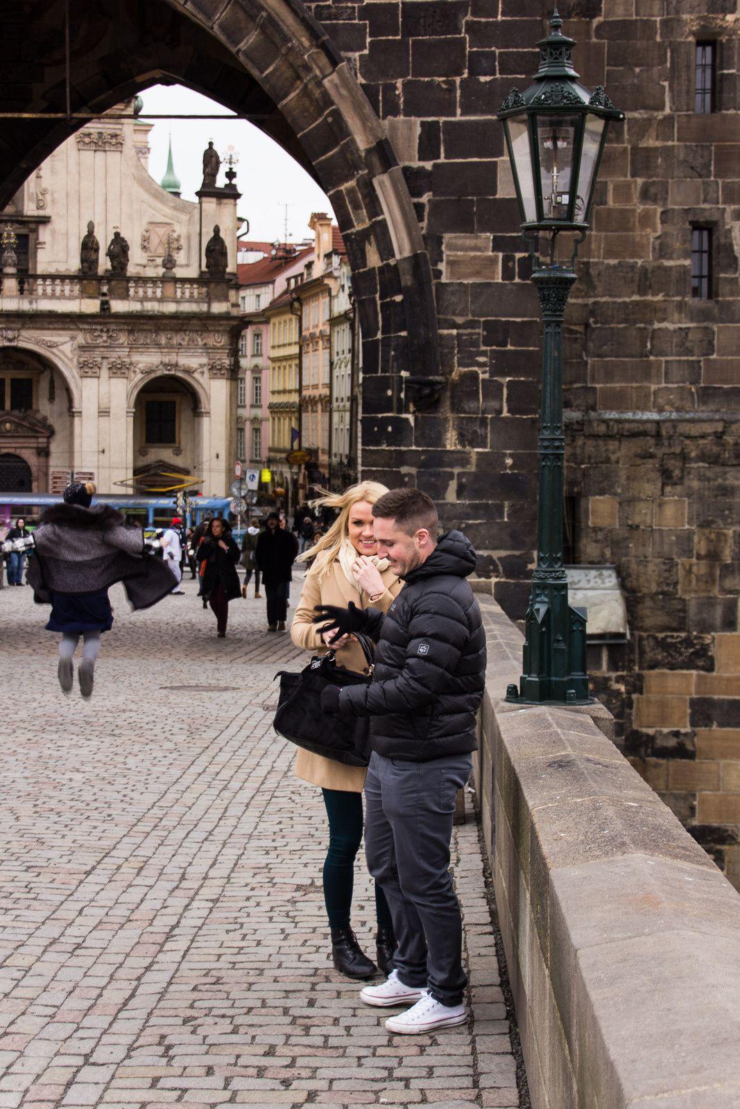 STREET PHOTOGRAPHY : PRAGUE EN COULEURS