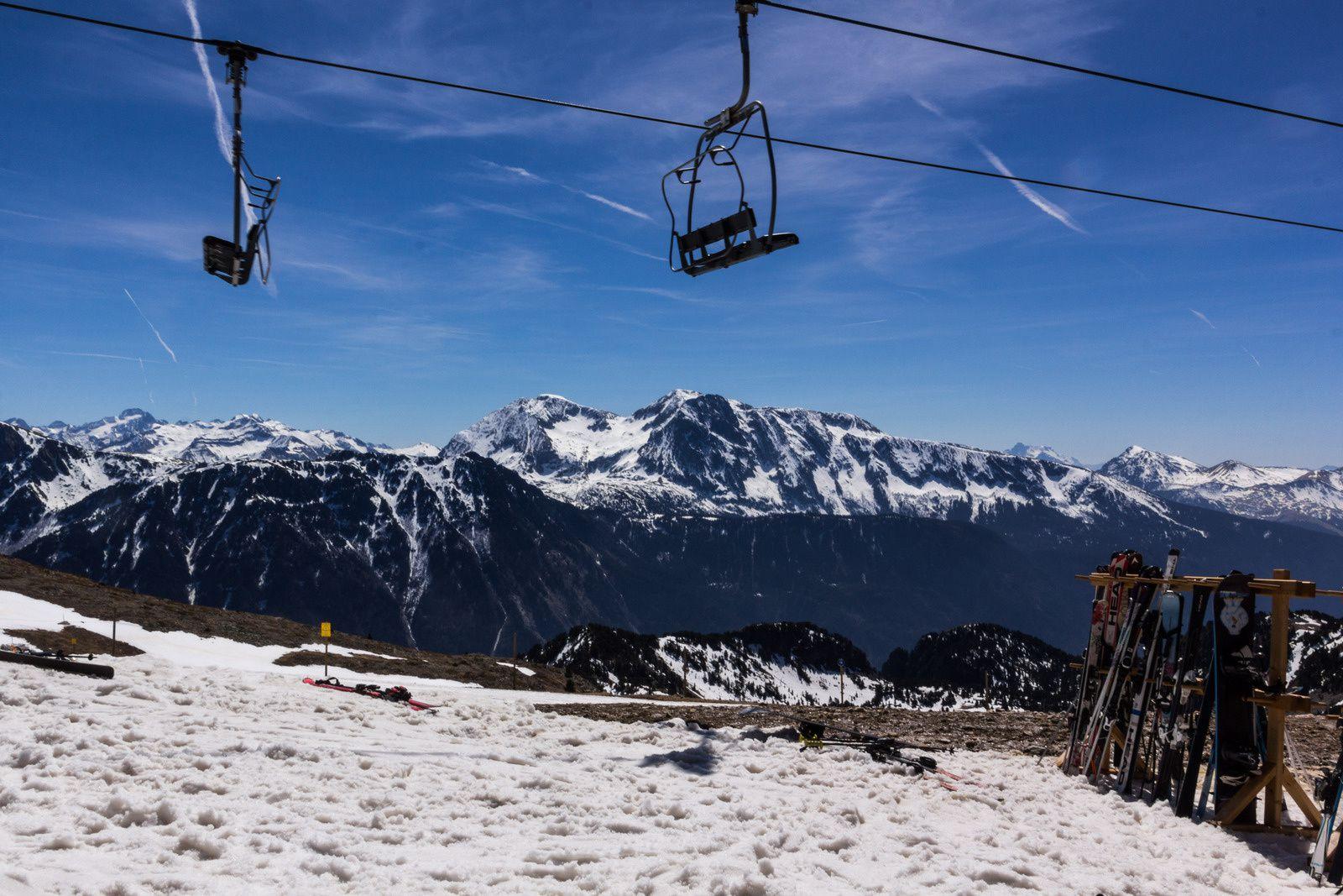 Une station de ski alors que t'as pas de skis, forcément ça limite le champ des possibles.