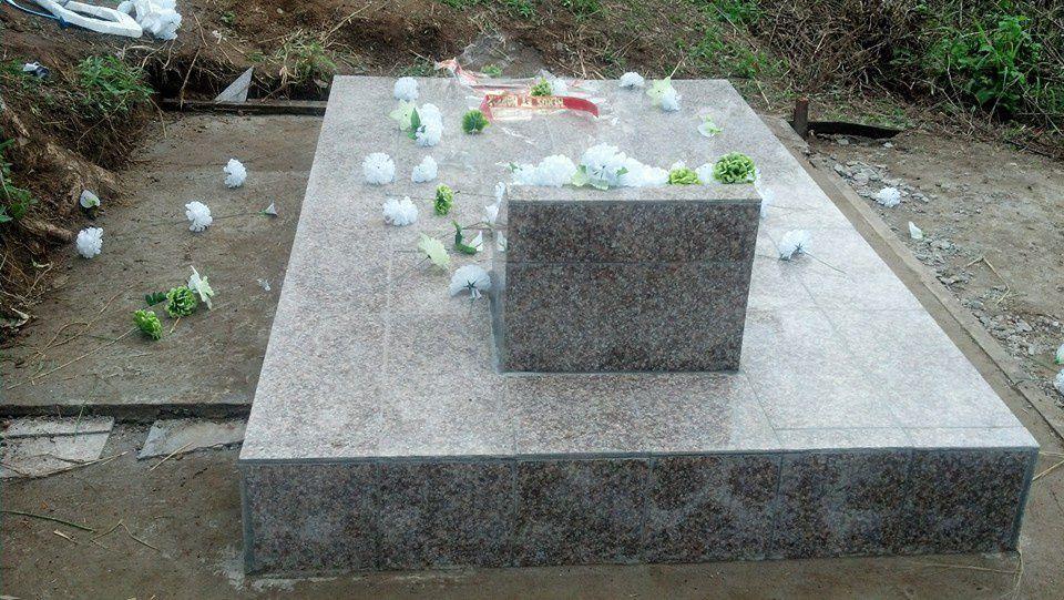 La tombe après les travaux