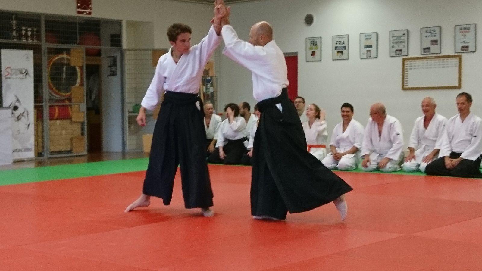 Du monde sur le tatami malgré la chaleur félicitations à tous !!