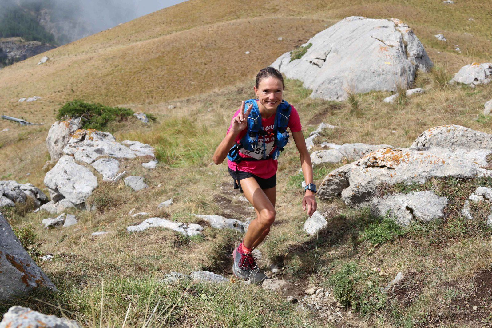 Juliet Champion, Mathieu Martinez et Romain Wyndaele, vainqueurs du Salomon Over the Mountain Running Challenge 2017