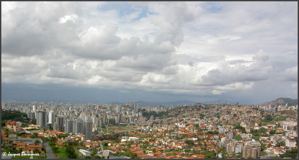 Panoramas de cette ville immense...