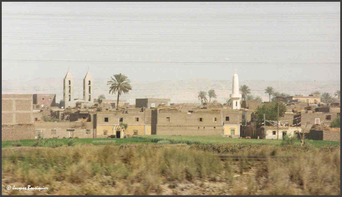 Photos prises en route depuis Beni Hassan vers la Moyenne Egypte.