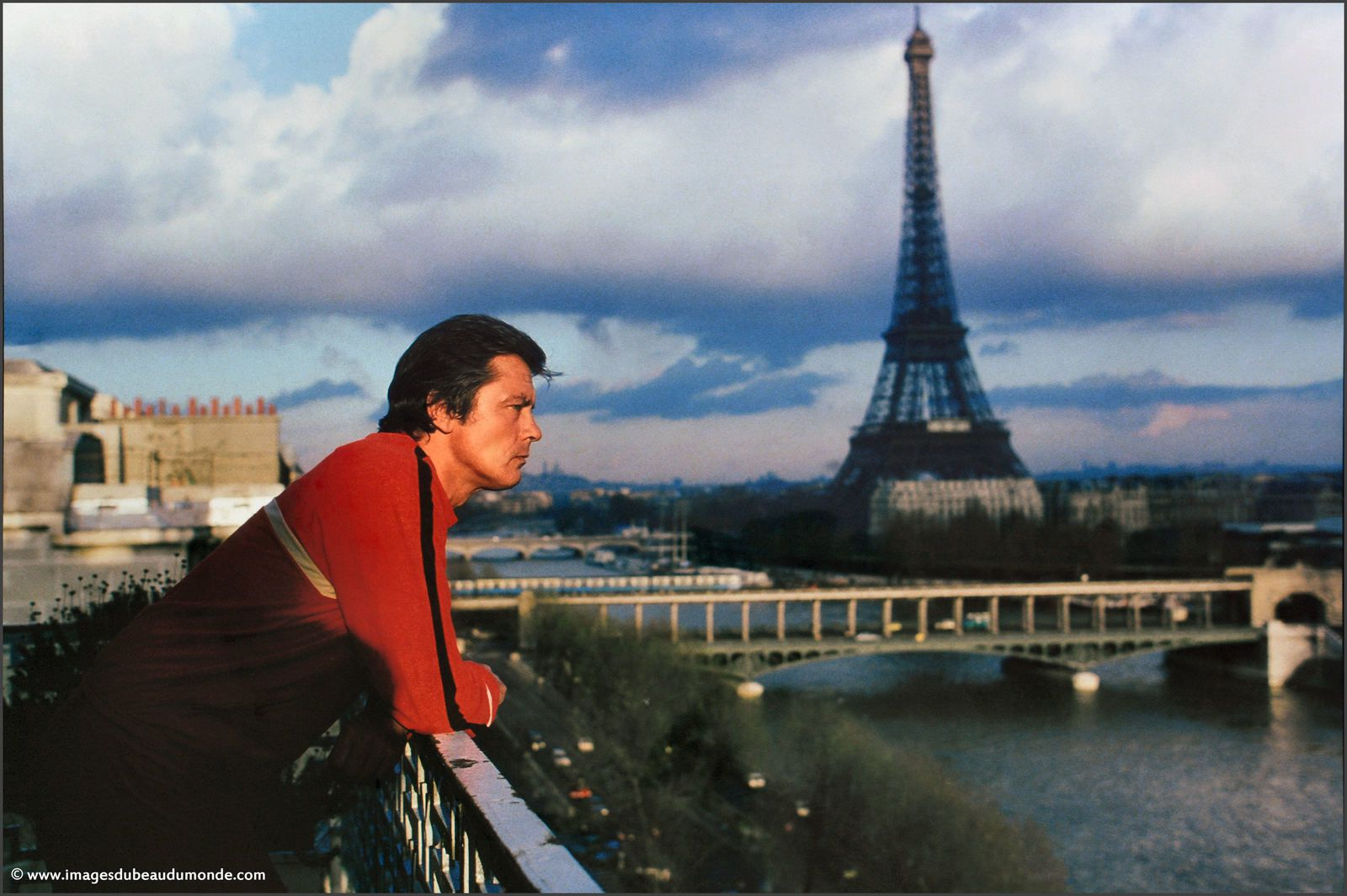 Alain Delon à Paris en ce moment