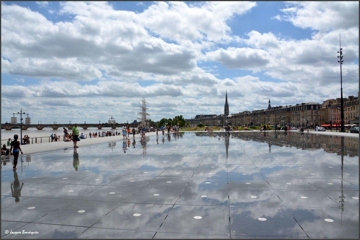 Le miroir d 39 eau de bordeaux que d 39 eau images du beau for Miroir de l eau