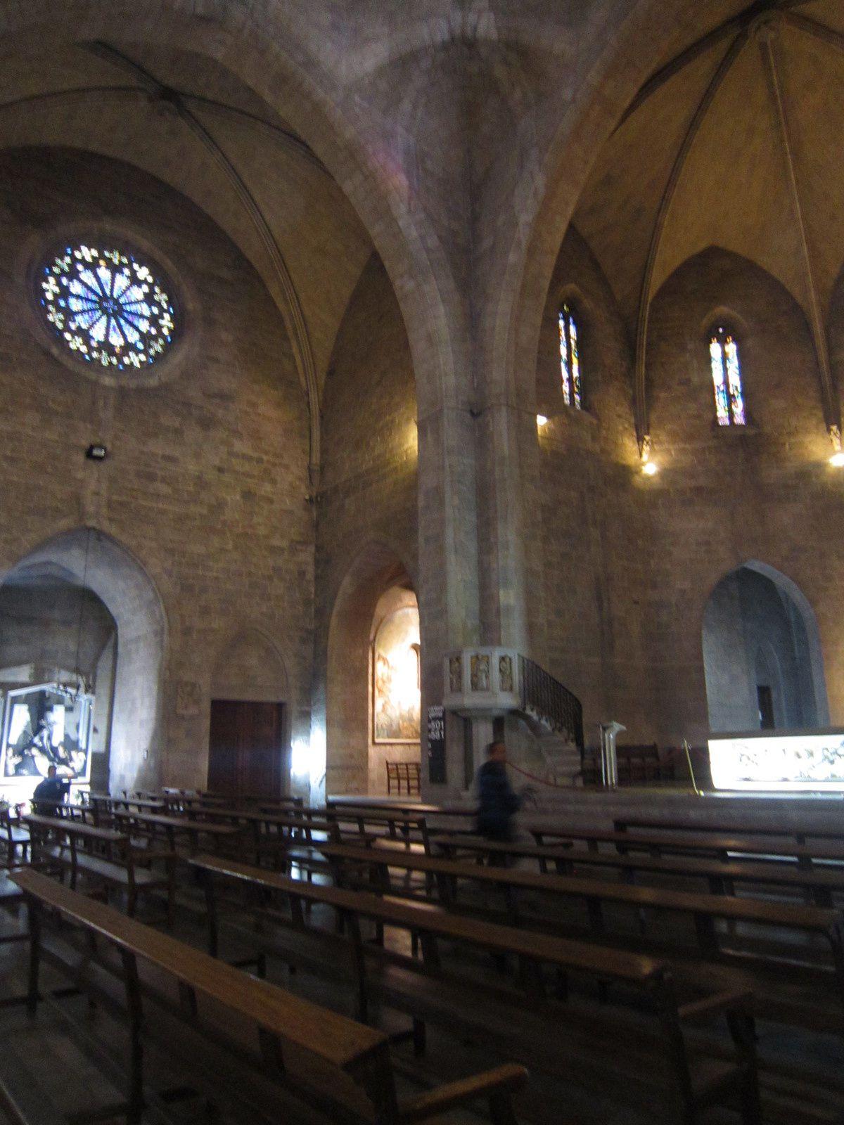Église Saint-Pierre de Figueras et sa creche
