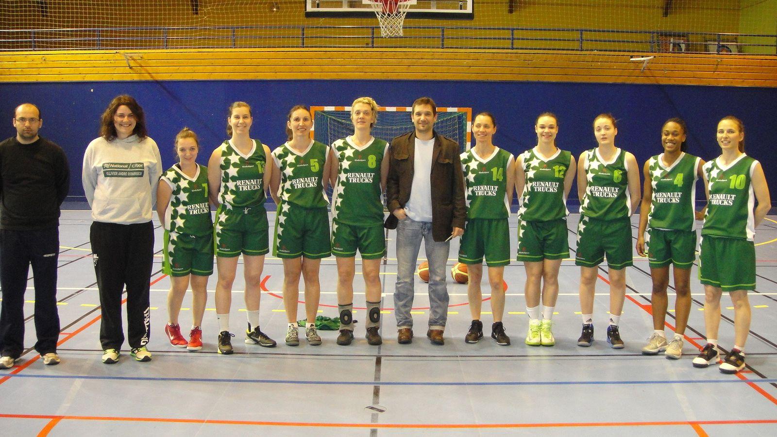 L'équipe fanion féminine de l'ALVP Basket