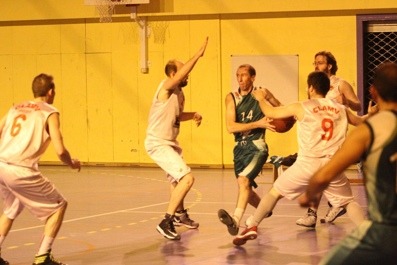 8 victoires de rang pour 8 rencontres jouées, le CLAMV Basket reste la seule équipe de sport collectif vénissian encore invaincue