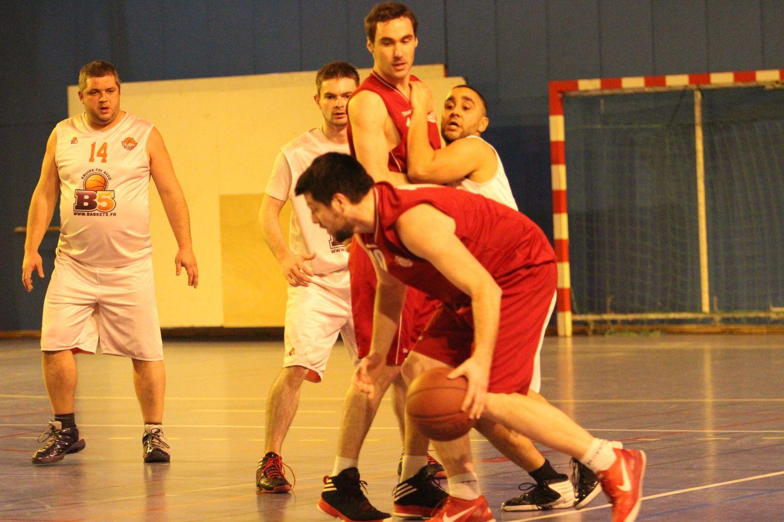 Les seniors du CLAMV Basket n'avancent plus