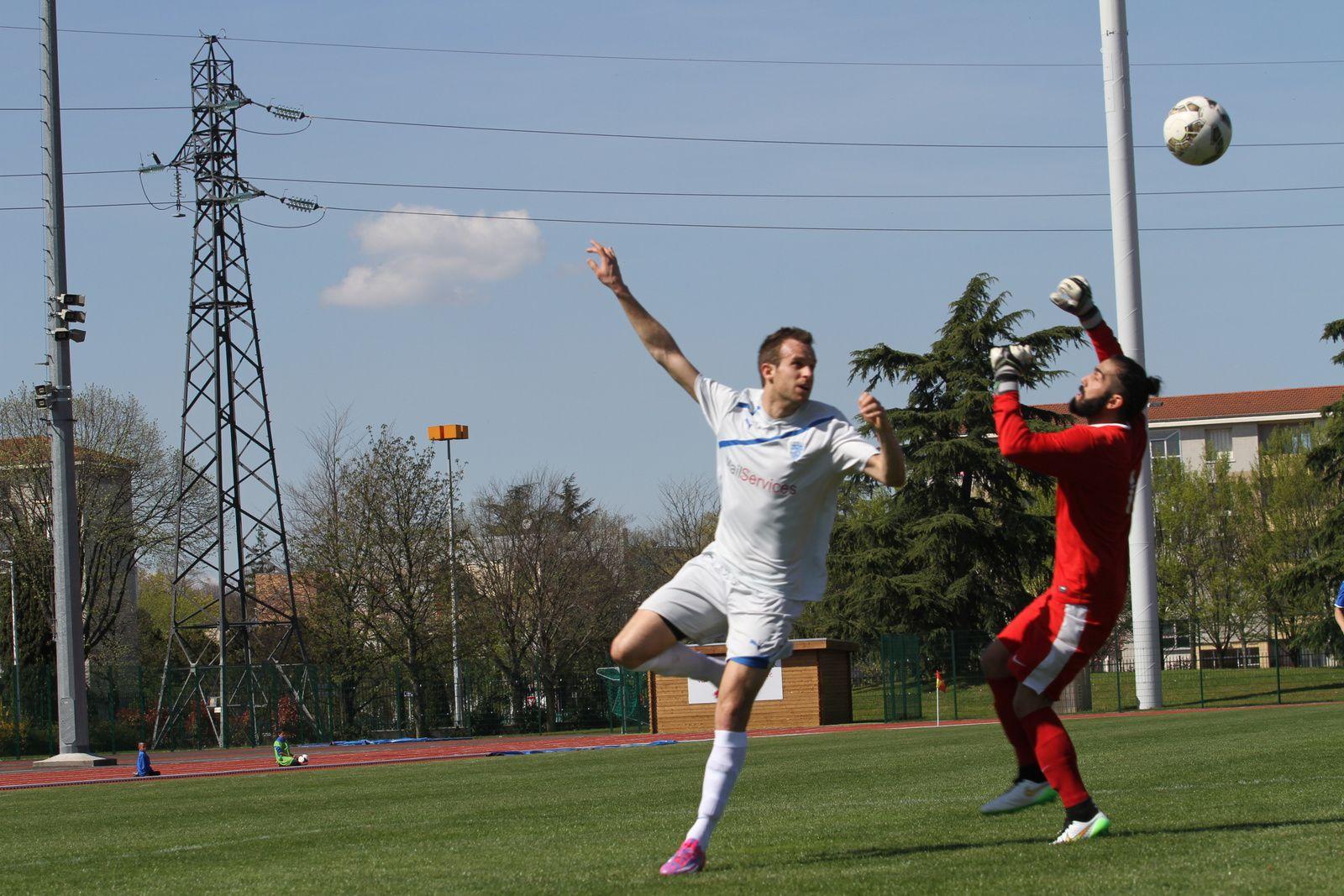 Il n'a manque que quelques secondes pour que l'AS Vénissieux Minguettes se retrouve leader du championnat Honneur Rhône-Alpes