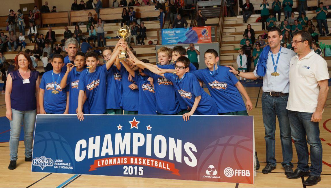 Les U13 de l'ALVP Basket sont devenus champions régionaux B