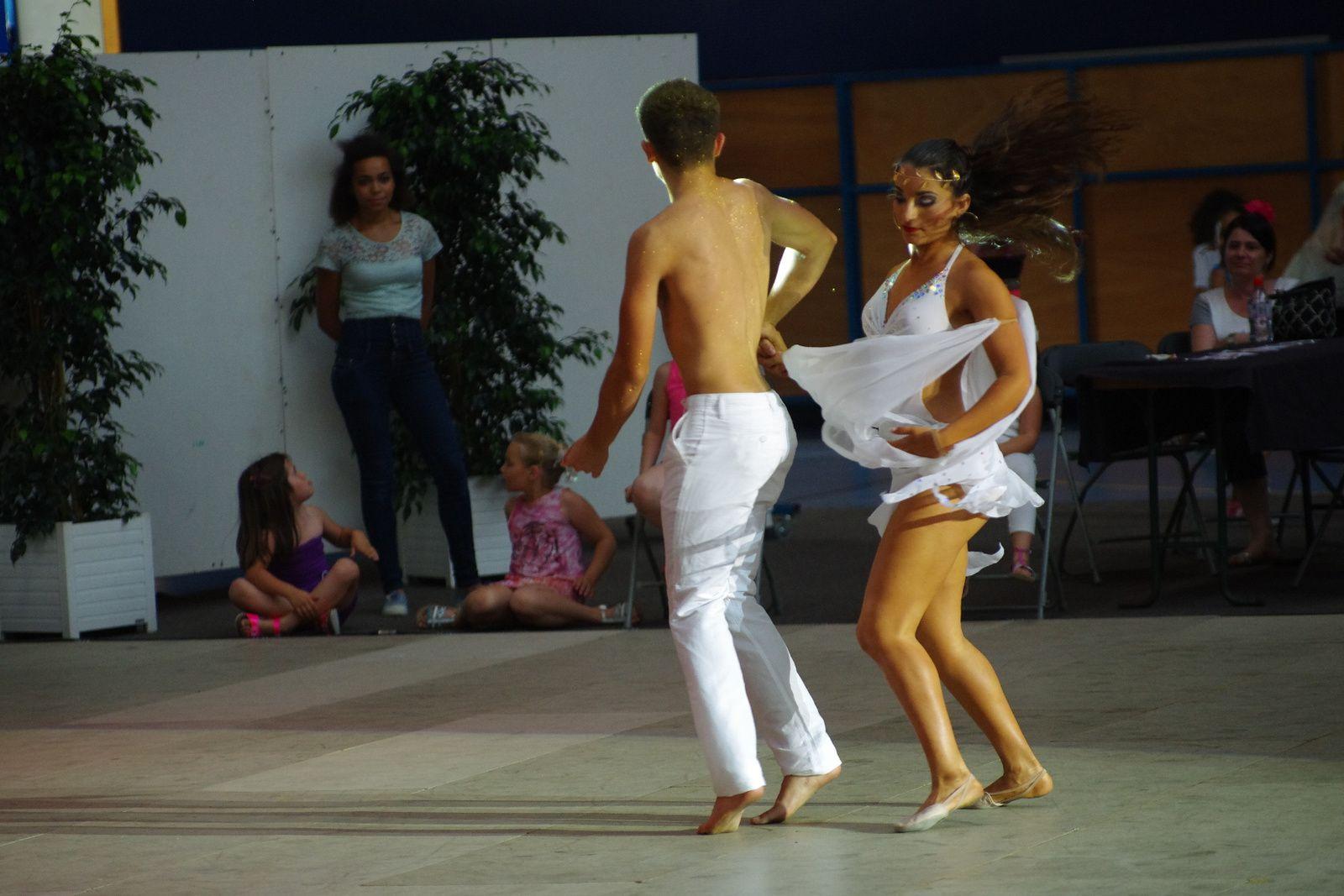 Show haut en couleur pour les danseurs du desormais Lyon Métropole Danse Sportive