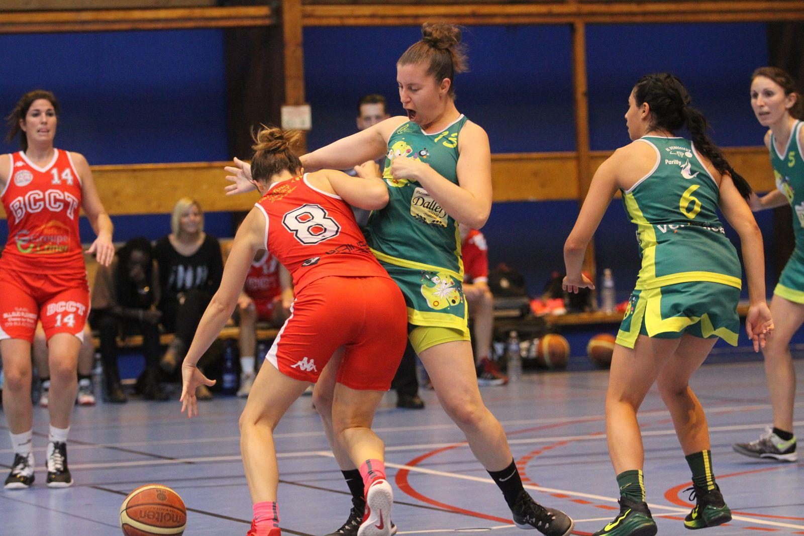 Les basketteuses vénissianes s'offrent le derby aller du sud-est lyonnais