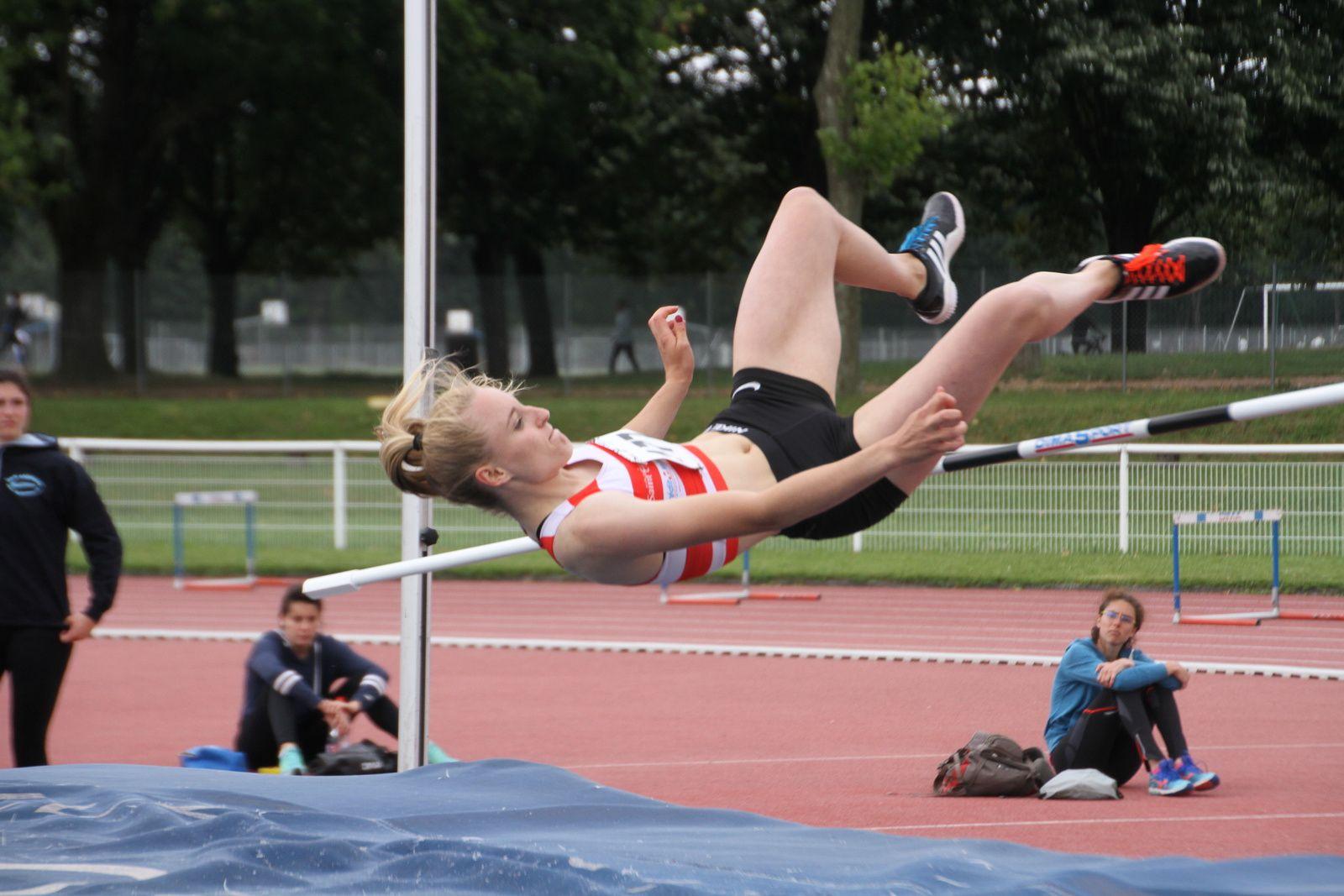 """Les athlètes de l'AFA Feyzin-Vénissieux ont brillé aux """" Pré-régionaux"""" de Parilly."""
