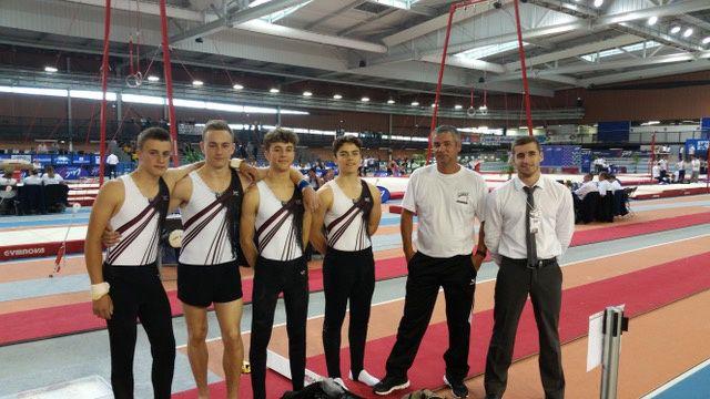 L'équipe des jeunes espoirs du club termine à une honorable 9ème place aux championnats de France FFG de gymnastique
