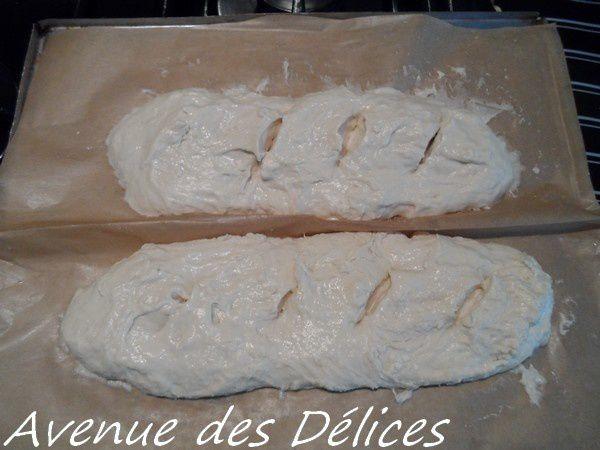 Baguettes (grossièrement) formées.