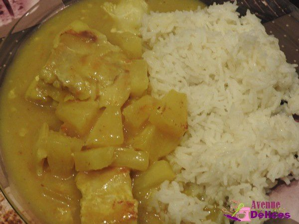 Cabillaud sauce curry, morceaux d'ananas