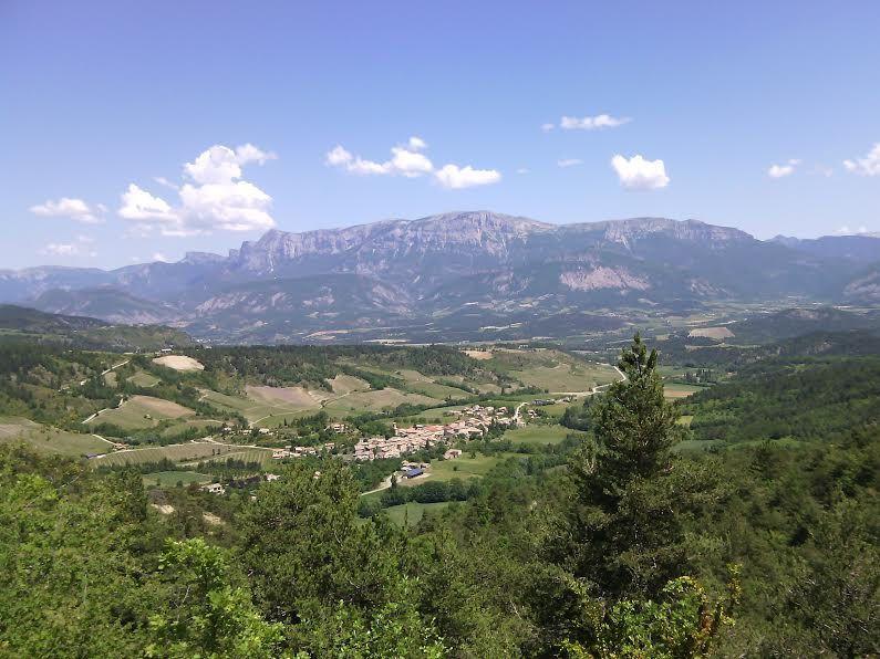 Branave et le Glandasse (vu de la route qui monte au col de Pennes)