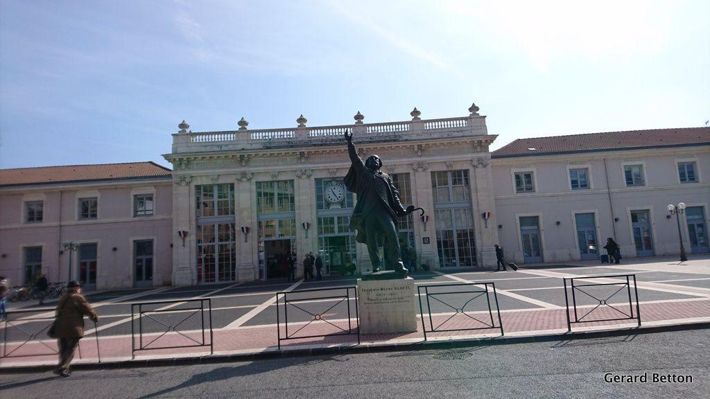 La gare de Valence