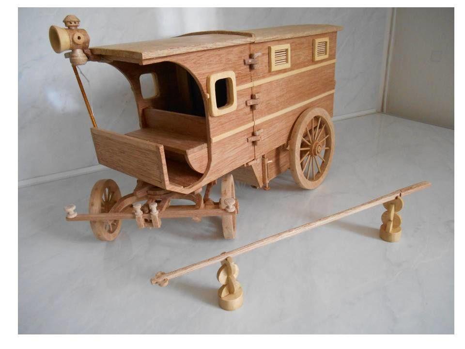 Maquette d'un van hippomobile articulé