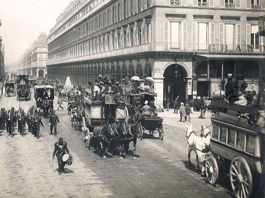 Circulation rue de Rivoli - coll.RL