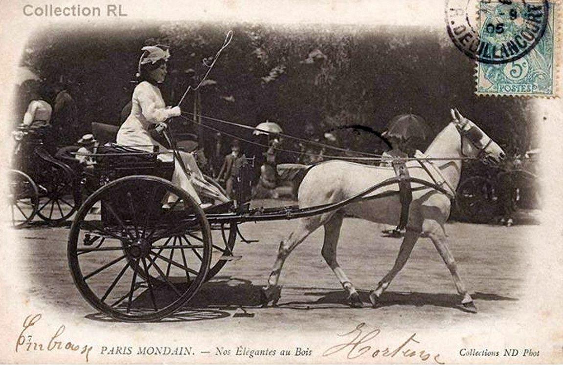 Promenade au Bois en 1905 - Formes et modèles de voitures foisonnent !