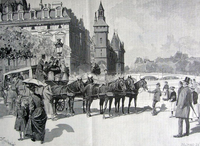 Touristes visitant paris