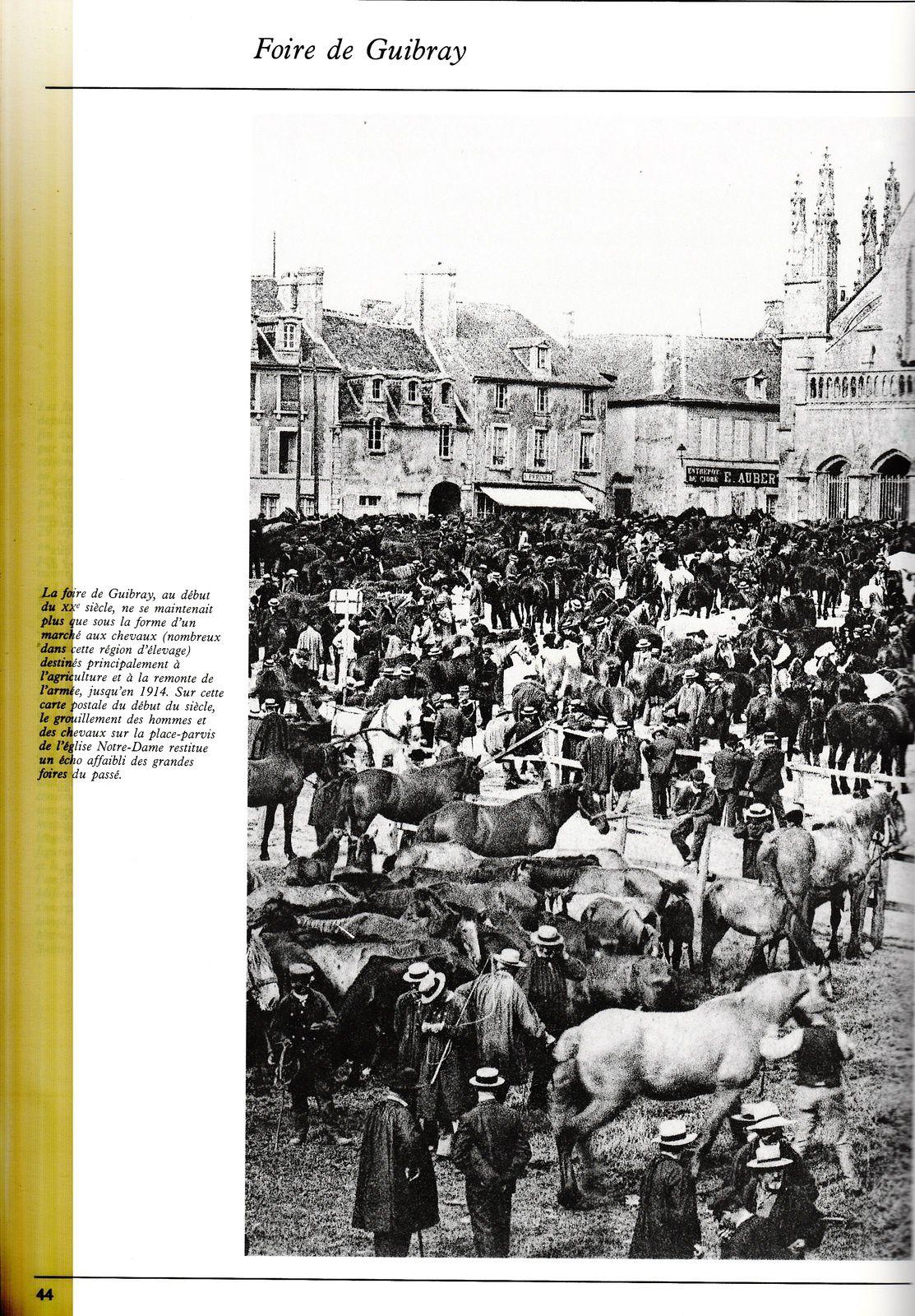 3 pages sur la foire de Guibray à Falaise, tirées de : Jean-Louis Libourel, Falaise (Calvados), 1990, Collection Images du patrimoine.