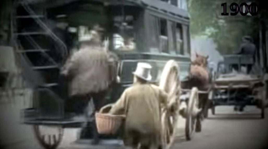 VIDEOS: Paris 1900, du cheval à l'automobile