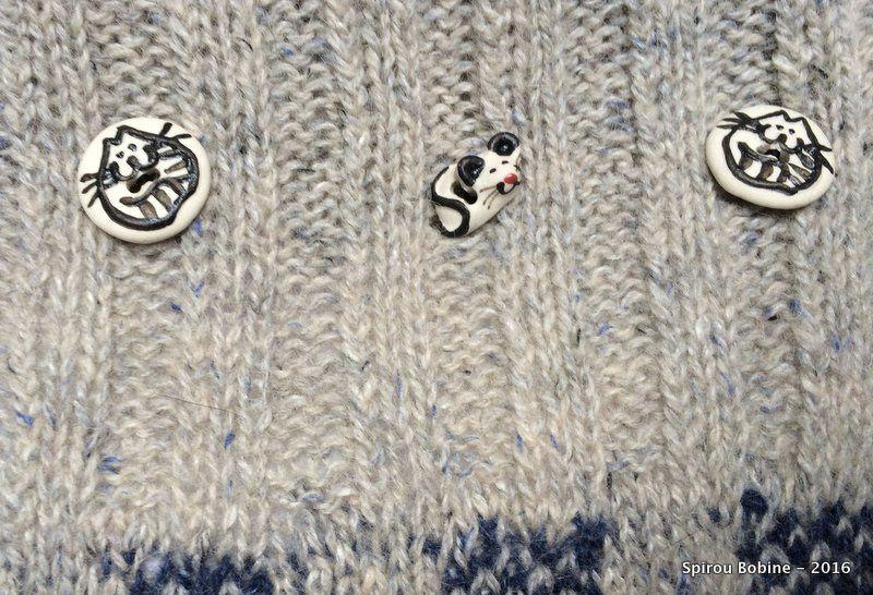 Coussin en tricot jacquard modernisé