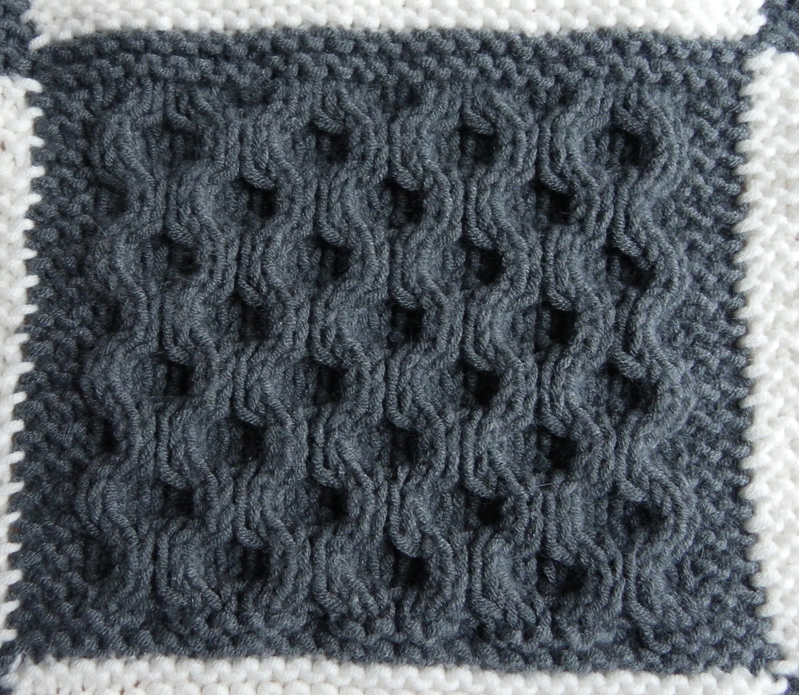 KAL boucle d'or version bébé : carré 14 version A