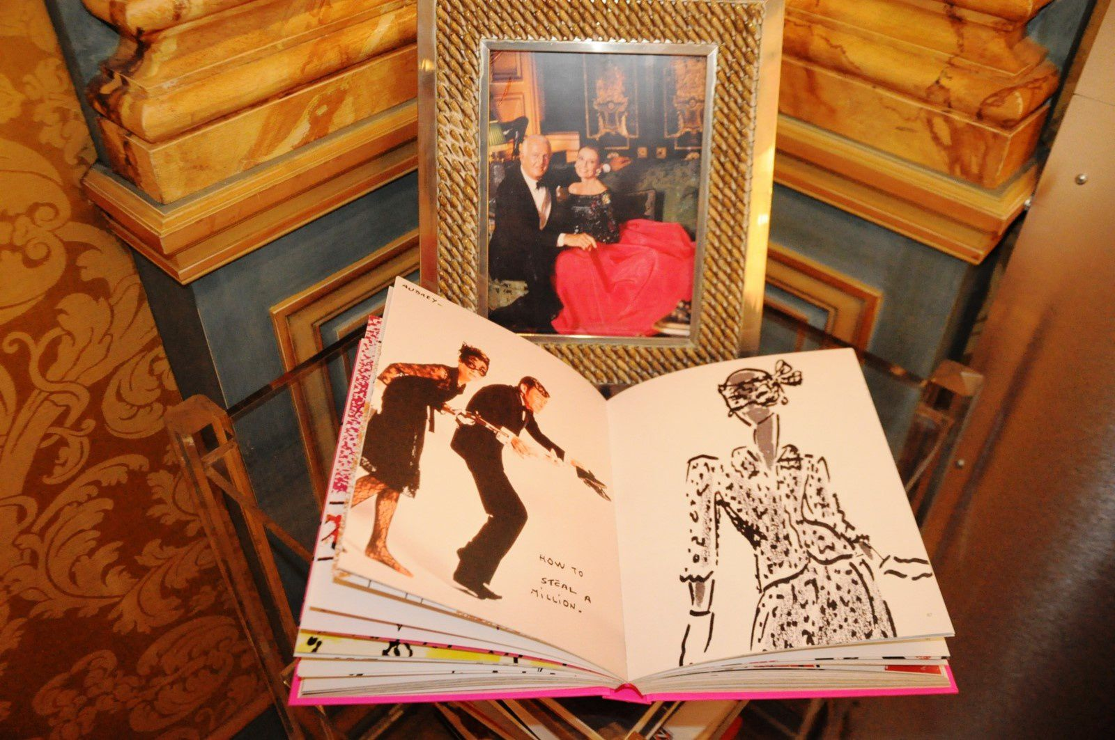 MONACO:EXPOSITION HUBERT de GIVENCHY A' LA GALERIE RIBOLZI