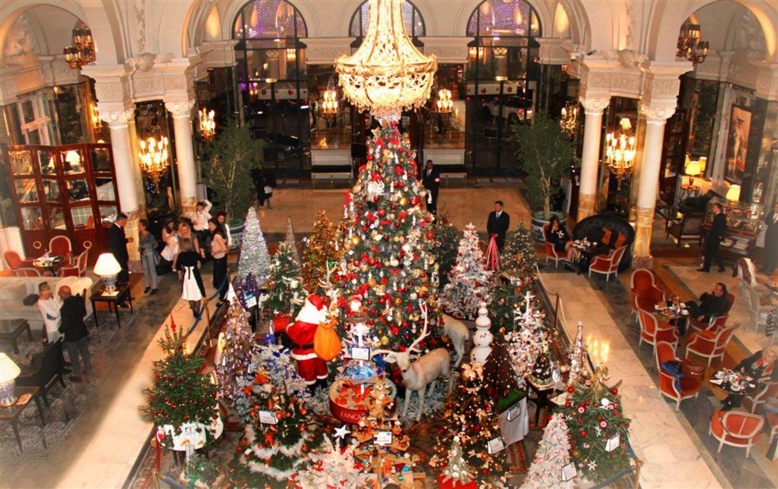 """Vente """"Les Sapins d'Action Innocence Monaco"""" à l'Hôtel de Paris  dans la Salle Empire, le mercredi 16 décembre 2015"""