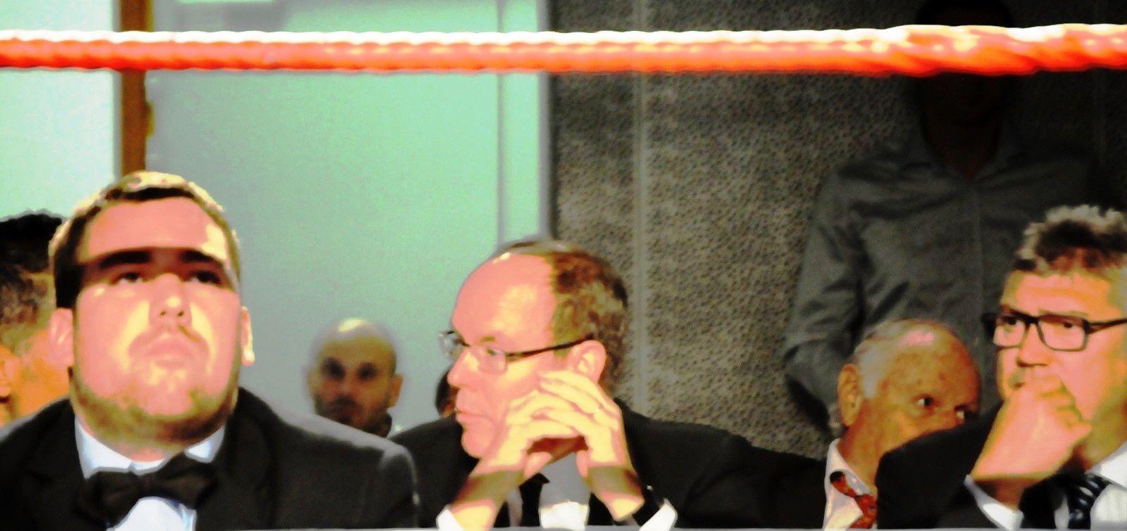 SAS le Prince Albert II était présent à la soirée de boxe