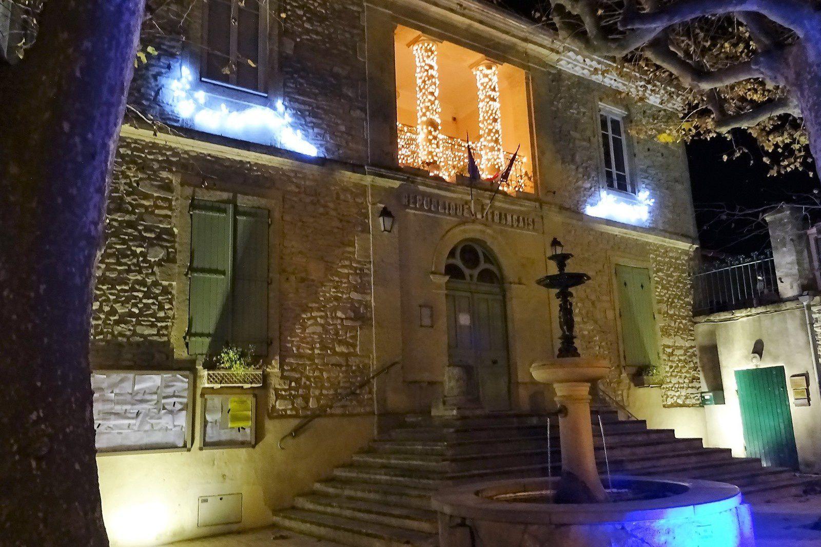 Le soir nous nous rendons au restaurant L'Adagia dans le village de Nages. Bon resto.