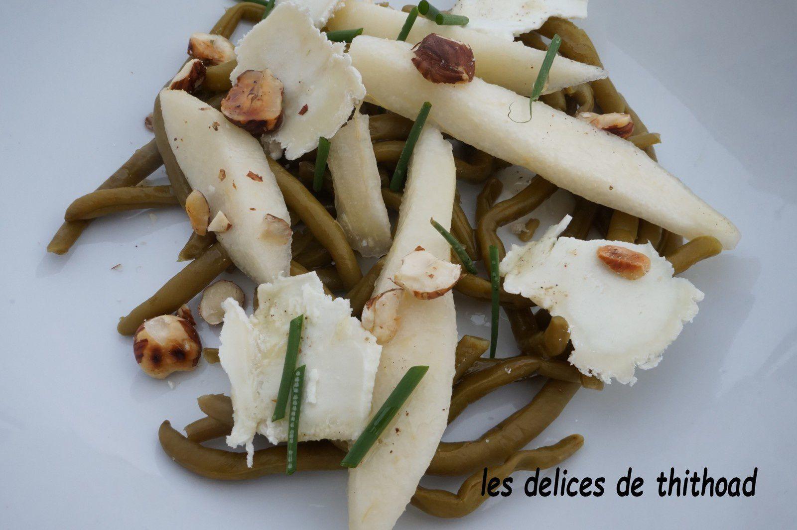 salade haricots, chèvre sec, poire et noisettes
