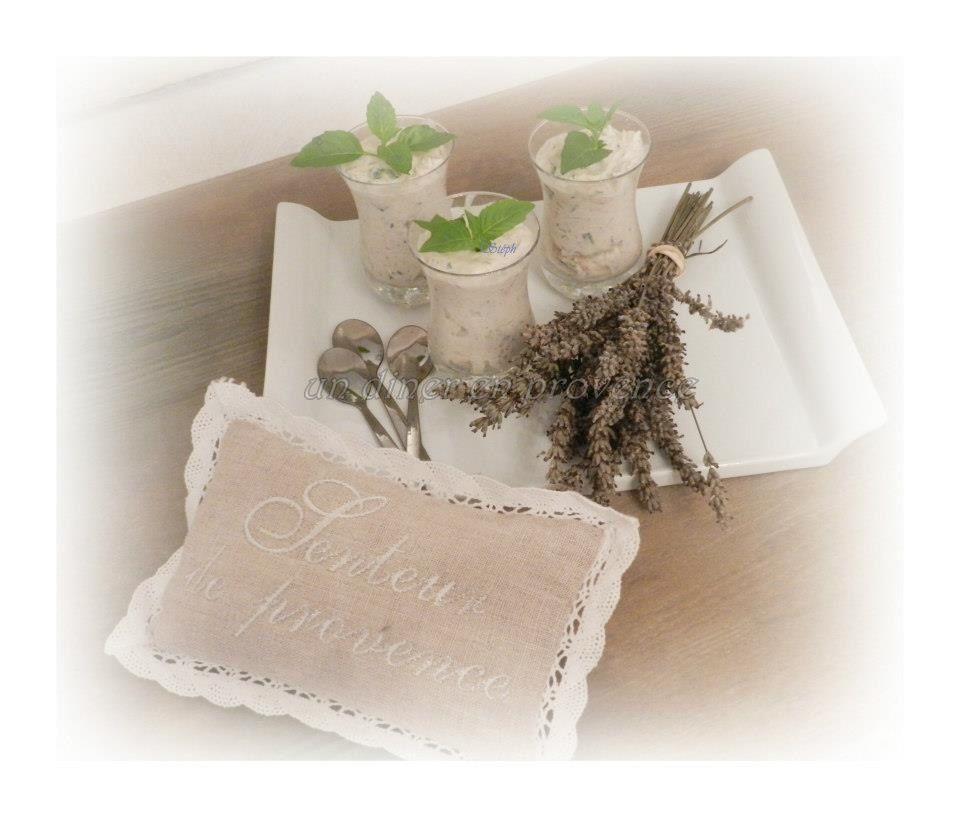 Verrines de rillettes de thon au basilic