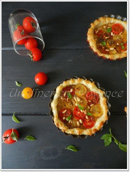 Tartelettes aux tomates cerises et pignons