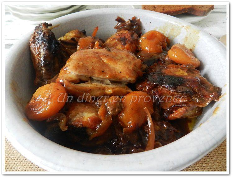 Tajine de poulet (à ma façon) au miel, pain d'épice, abricots secs