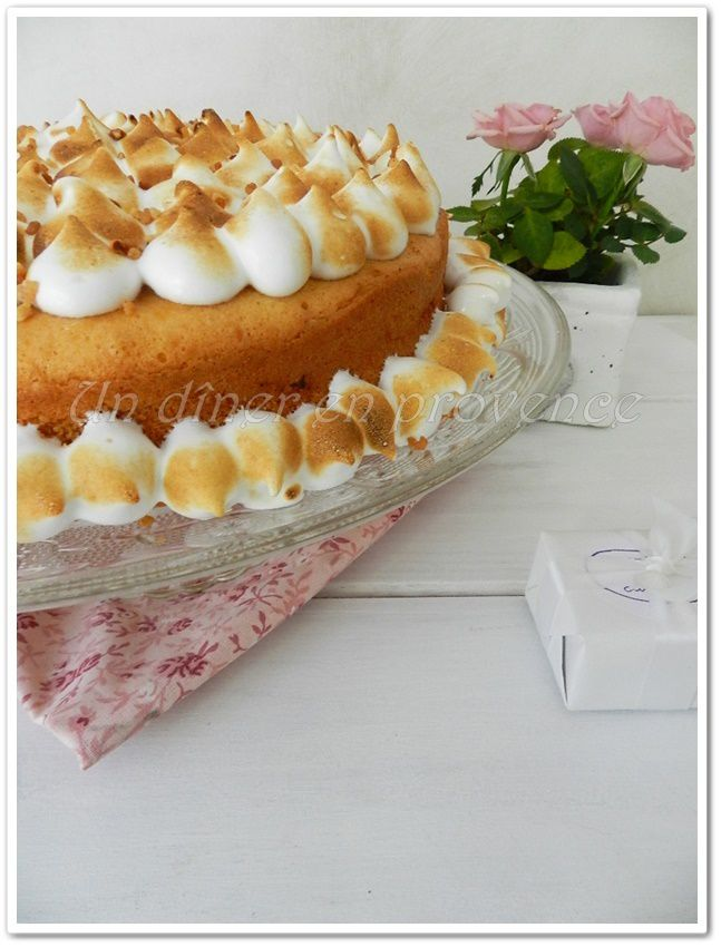 Lemon Chiffon Cake (gâteau mousseline au citron) ... Happy Birthday &quot&#x3B;ma&quot&#x3B; Sotis !