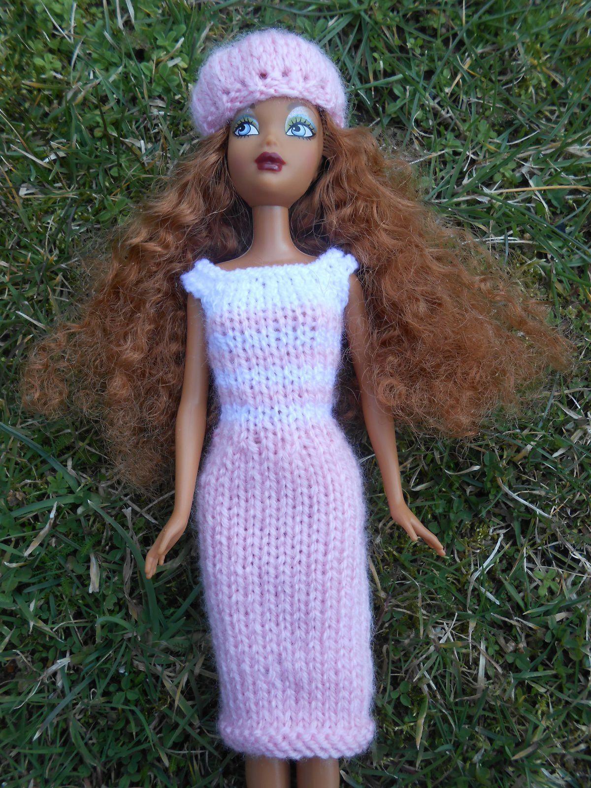 Robe de ville et béret pour Barbie