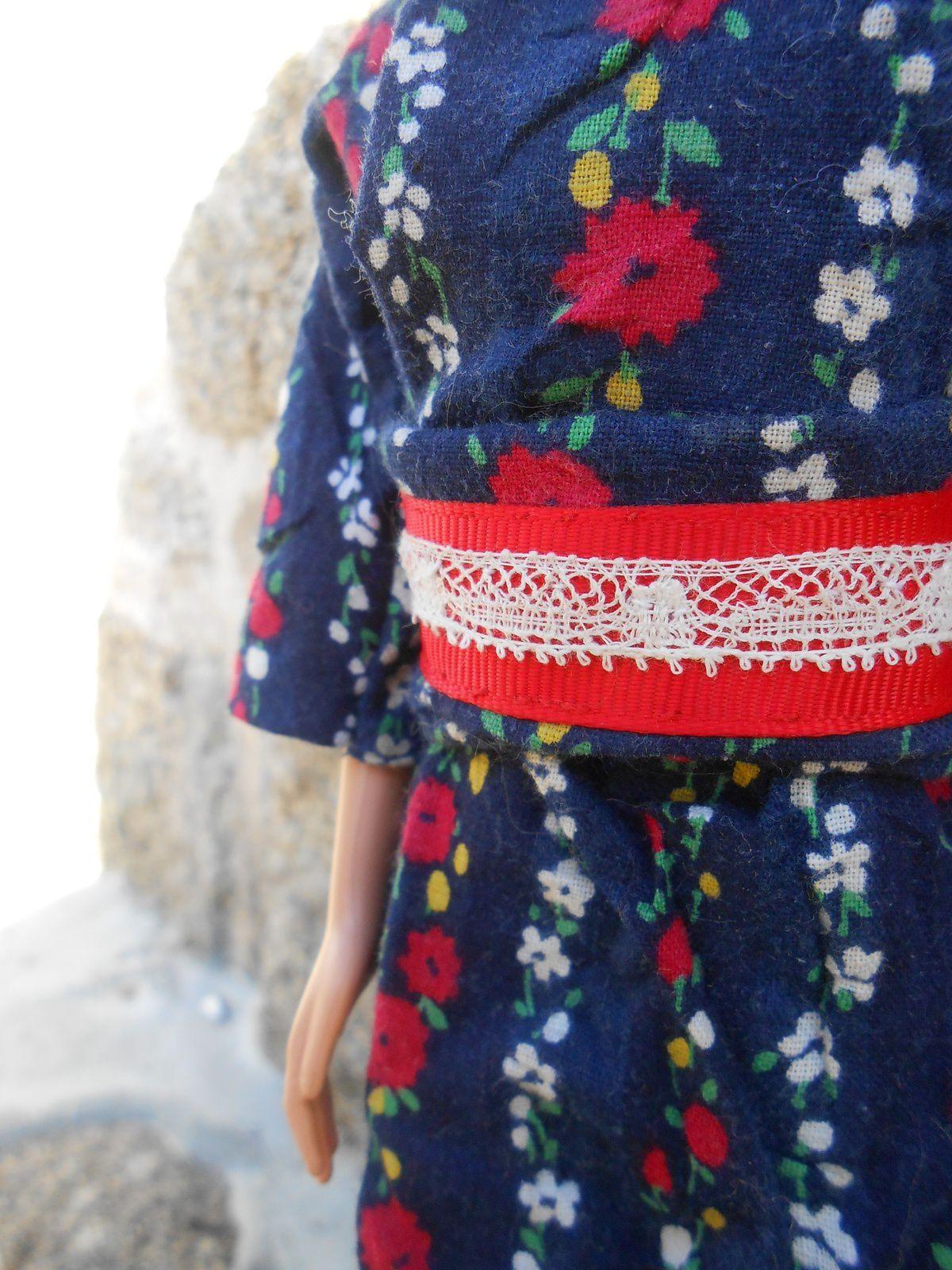 kimono japonais folklorique 3.50€