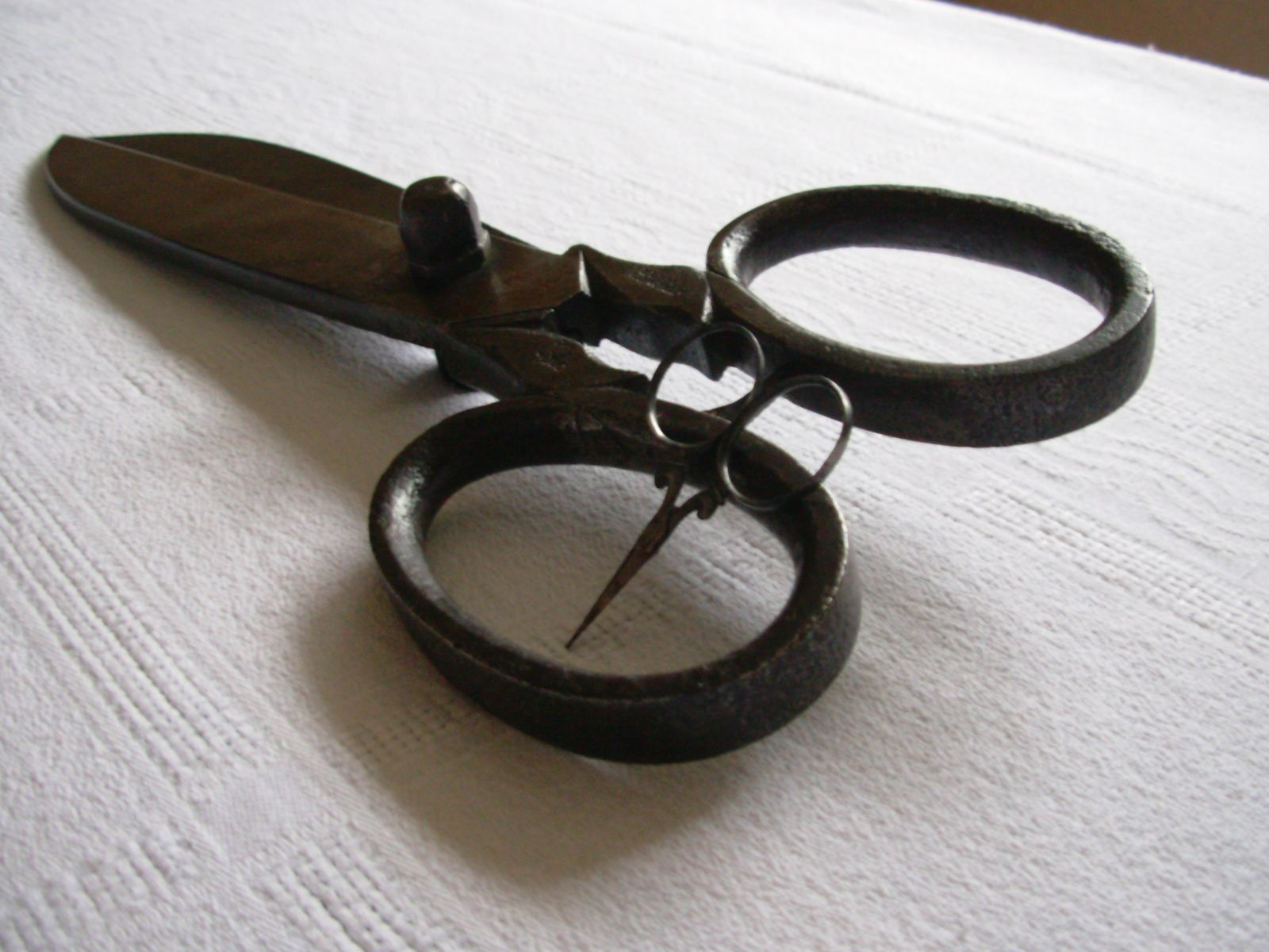 """Ciseaux de Gantier 34cm/1kg... Ciseaux dit """"Petit Monstre"""" 5,5cm"""