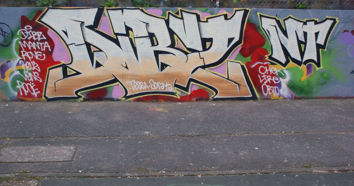 Album - Graffitis Dept 77 Tom 012