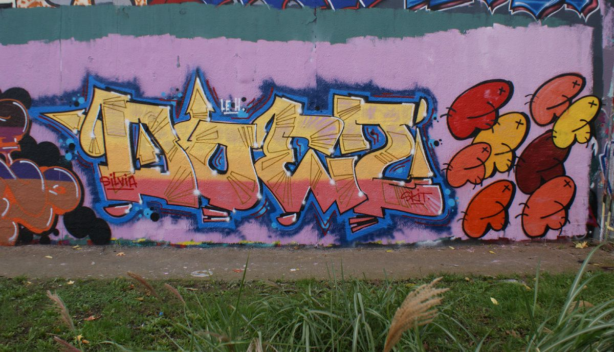 Album - Graffitis IVRY sur Seine Tom 022