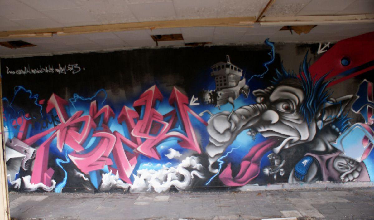 Street Art : Graffitis &amp&#x3B; Fresques Murales 16015 Angoulème