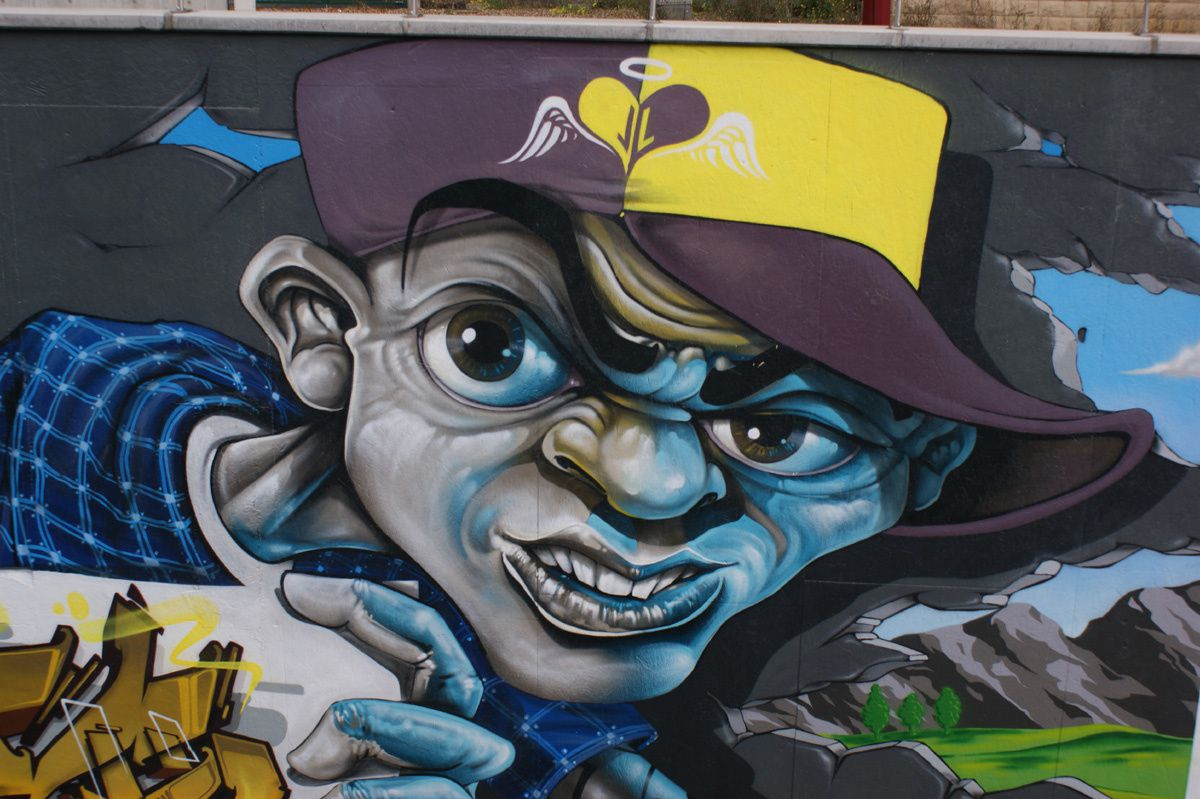 Street Art : Graffitis &amp&#x3B; Fresques Murales Merch ( Luxembourg )