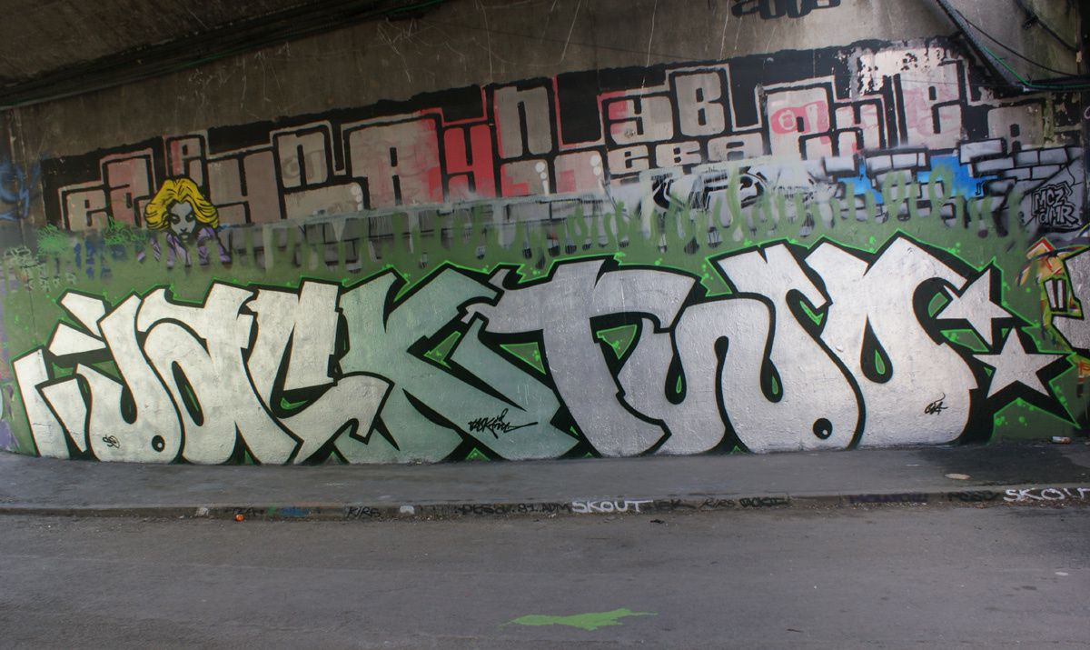 Street Art : Graffitis &amp&#x3B; Fresques Murales 94038 L'Hay les roses