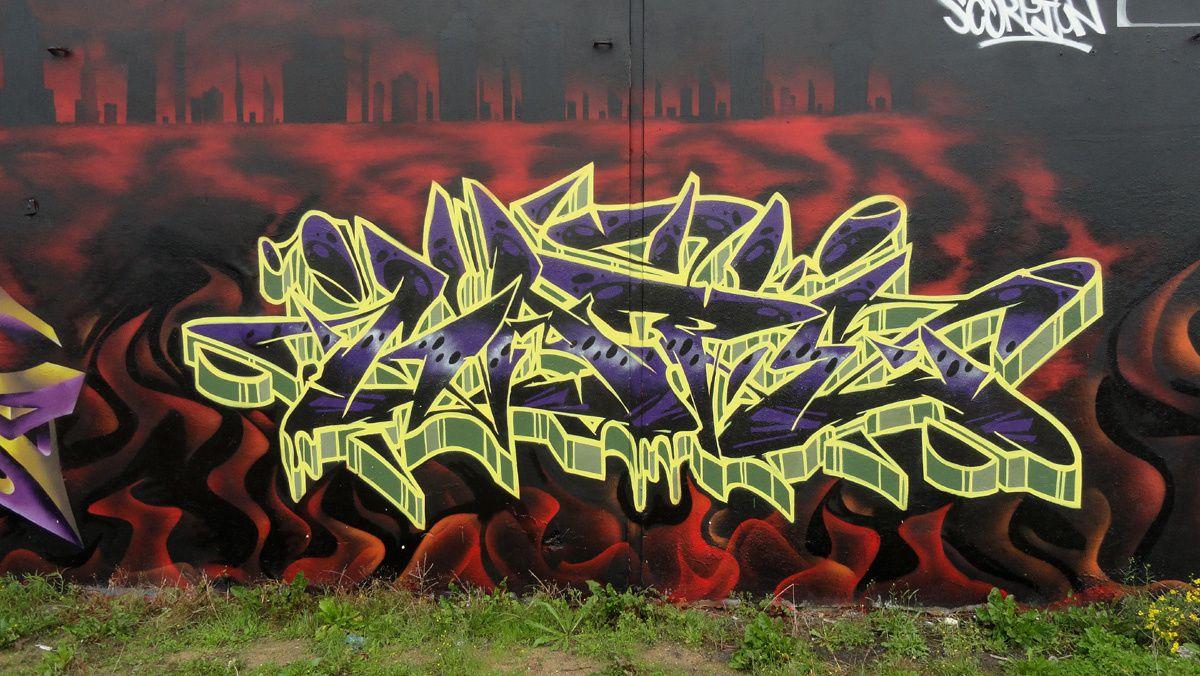 Street Art : Graffitis & Fresques Murales 14118 Caen